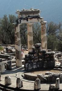 delphi-83472_1280 (2)